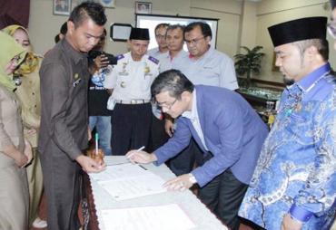 Investasi Rp. 75 M, Walikota Dukung Semen Padang