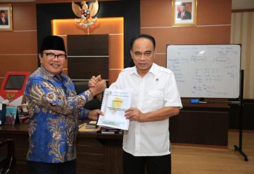 Wamendes PDTT Ingin Lombok Timur Jadi Sentra Utama…