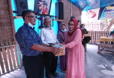 Alumni SMEP Sidomulyo Reuni bersama Sesepuh Pendidiknya