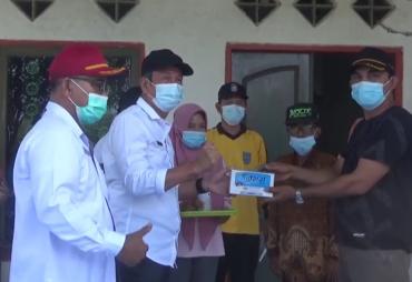Kepala DTPHP Provinsi Bengkulu Pimpin Kegiatan Penyemprotan…